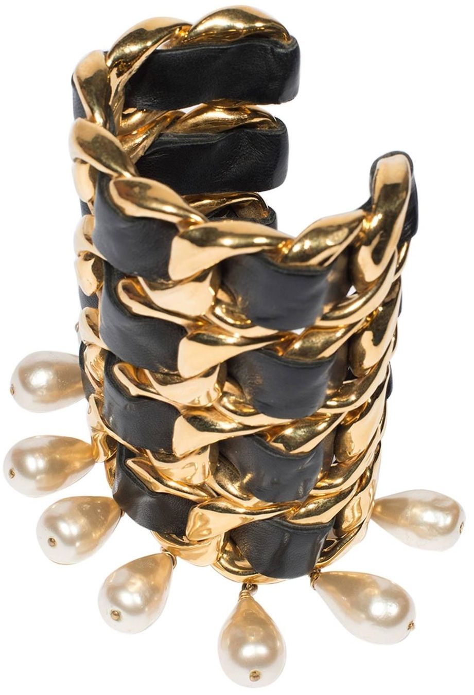 Exquisite Vintage Garnet Ring 10K Gold Very Detailed