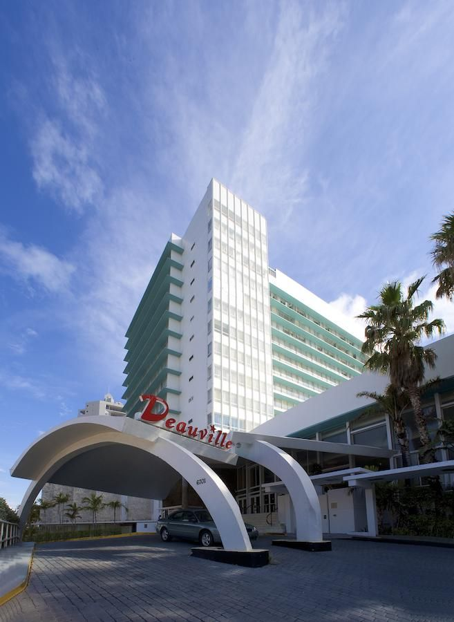 Deauville Hotel 1957 Miami Beach Florida Designed By Melvin Grossman A Replacement Of The Original 1926