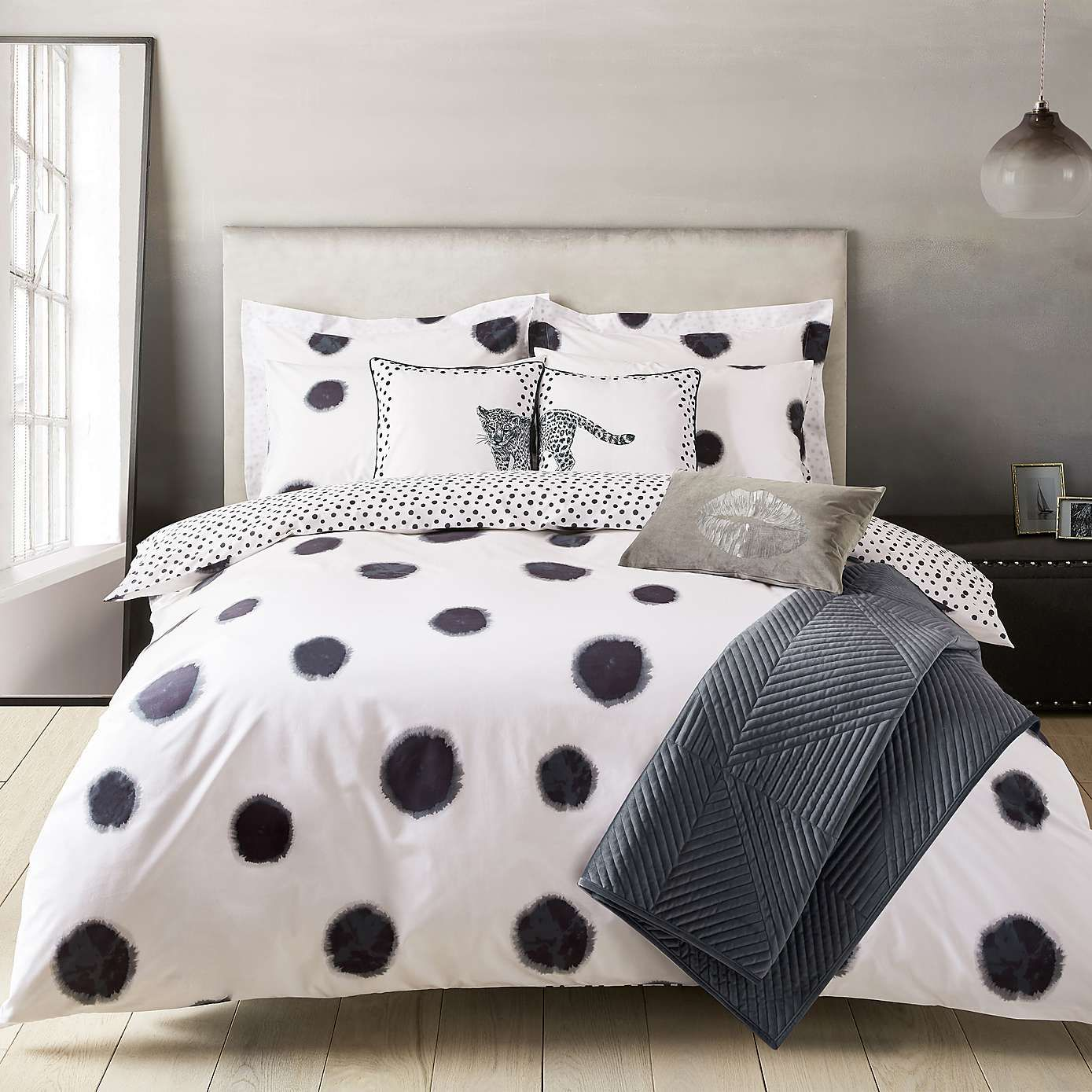 Emma Willis Klio Spotted Reversible Duvet Cover And Pillowcase Set