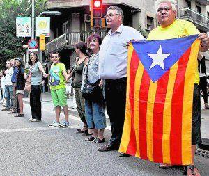 El Gobierno permite a la cadena independentista catalana que entre en territorio valenciano