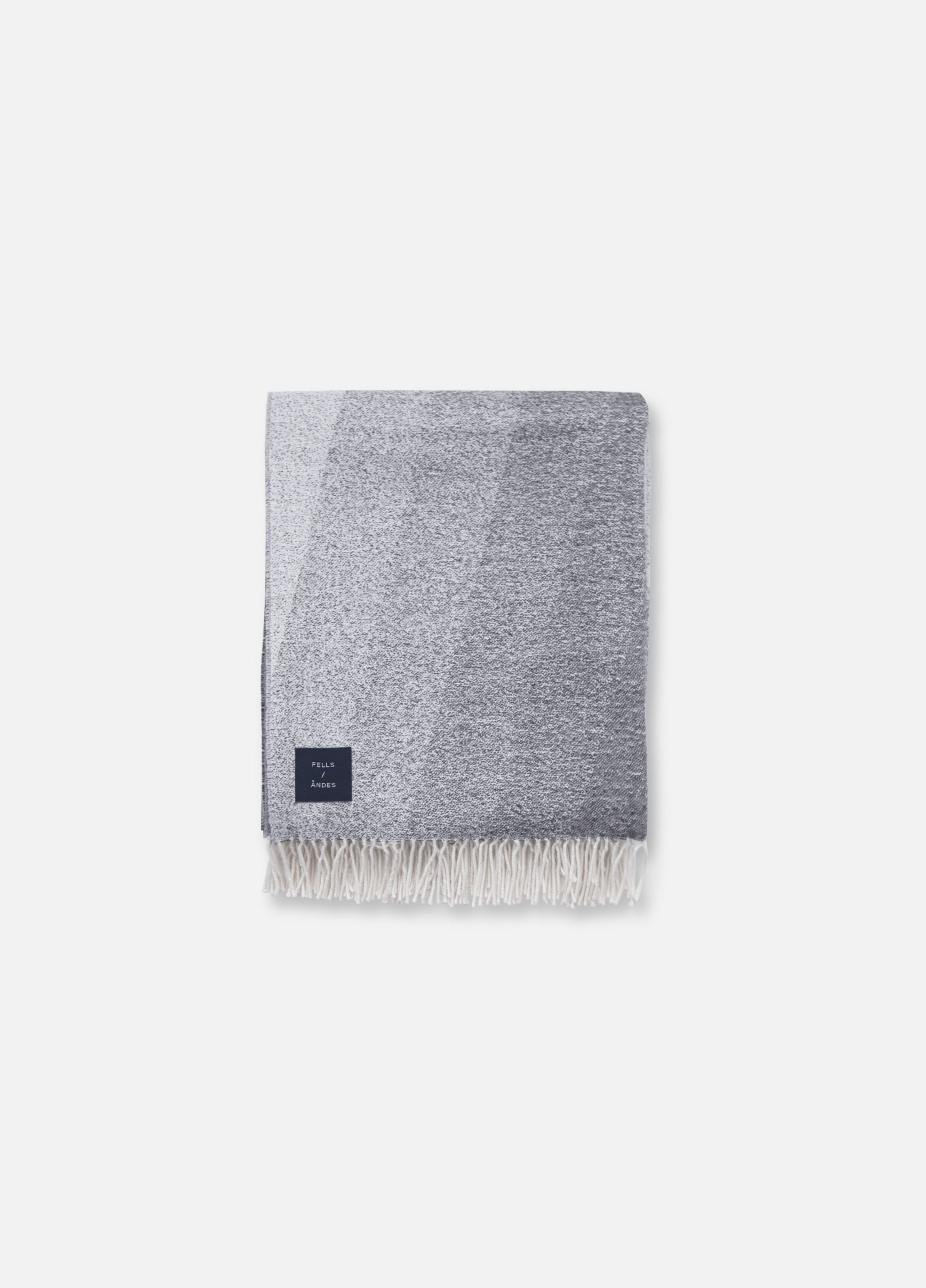 """51""""/ 71""""[luf:t] air.A twist on traditional dégradé, the Luft keeps the chill at bay and adds ..."""