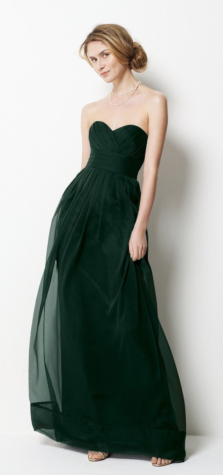 Oooh dark green dress not a fan of strapless but i dooo like this