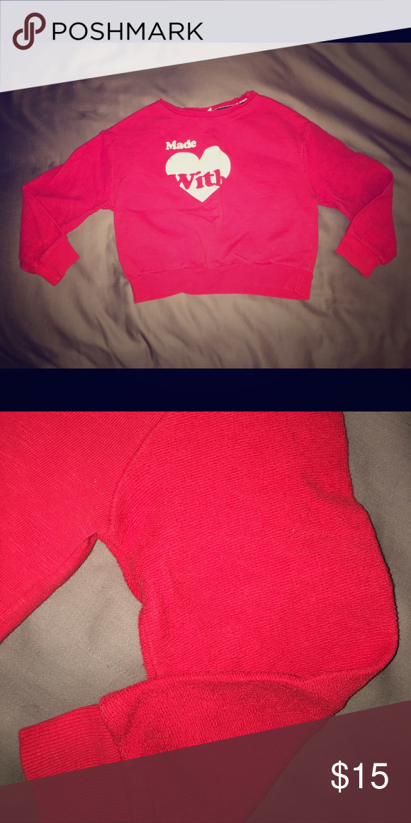 ❤️Zara Girls casual collection sweatshirt❤️ Made with ❤️ sweatshirt with textured sleeves. Crew neck and sits at the waist. Adorable for holiday season. Size 7-8 Zara Shirts & Tops Sweatshirts & Hoodies