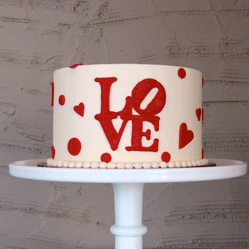 Heart Themed Wedding Ideas - Classic LOVE Cake