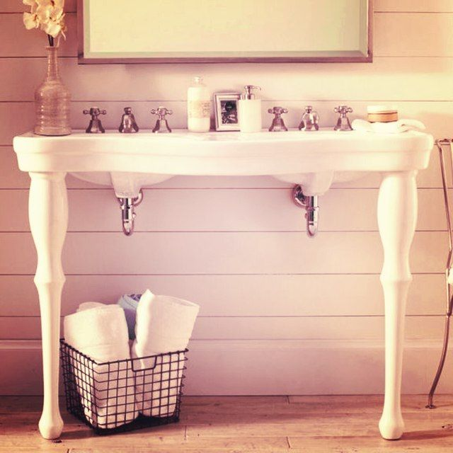 Parisian Pedestal Double Sink Console: Photopoll: Who Likes #country Styled #interior #design