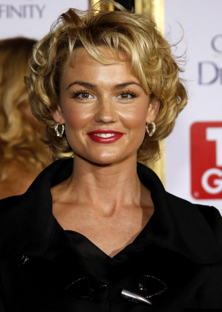 Short Hairdos For Older Woman Rochelle In 2018 Pinterest Curly