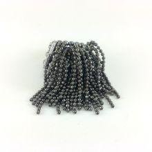 Anel em franjas super na moda. Cor ônix, feito em silicone.
