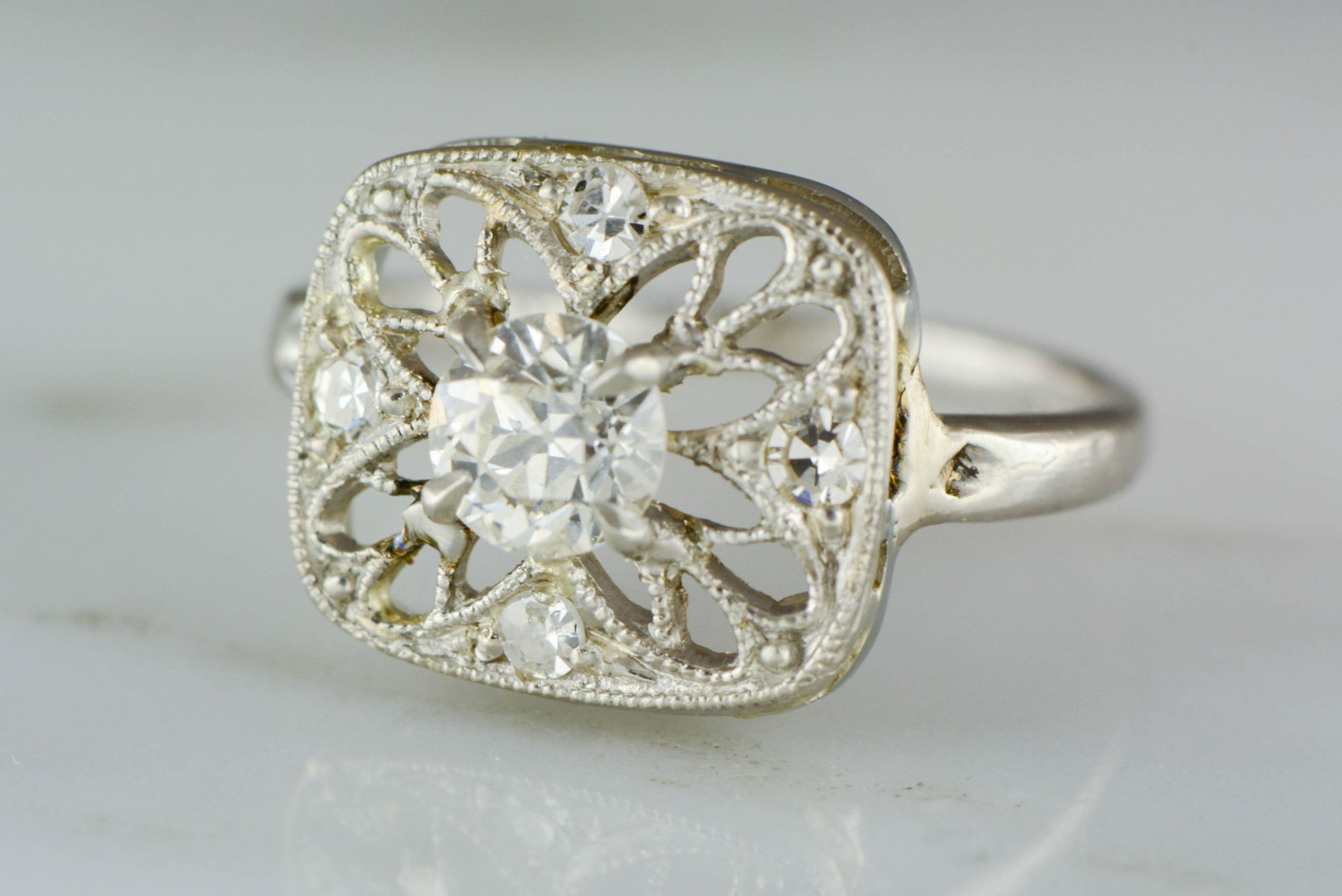 ltd page manor bloomsbury diamond logo engagement sold recently ring g rings soleste dragonfly collections