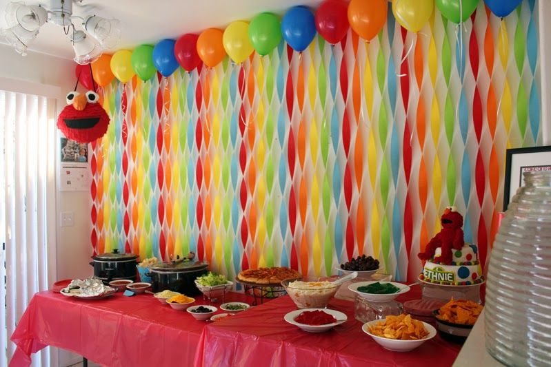 Get Your Craft On Elmo S World Birthday Streamer Wall