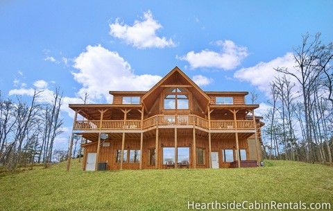 Find A Large Cabin Rental In Gatlinburg Pigeon Forge Tn Cabin Rentals Smoky Mountains Cabins Cabin