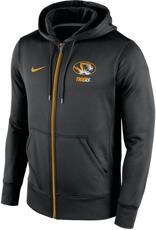 This Nike NCAA Sideline KO full-zip hoodie is bound to keep you warm and comfortable whenever you wear it. It displays your Missouri Tigers pride by letting everyone know who you hope to see win. Attached hood with drawstring Full-zip front closure Long sleeves with rib-knit cuffs Two pockets at front Screen print team logo at front Screen print Nike swoosh logo at front Regular fit Polyester Machine washable