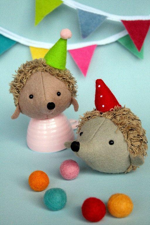 Hedgehog Circus: hedgehog pattern, hedgehog pincushion, hedgehog PDF ...