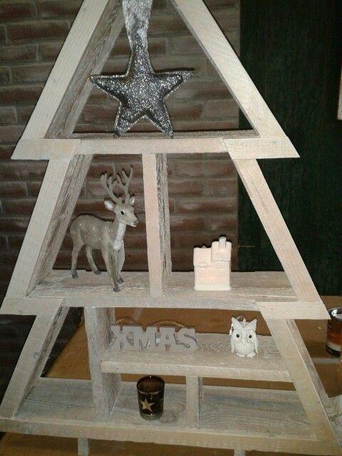 Houten kerstboom kerst for Houten decoratie boom