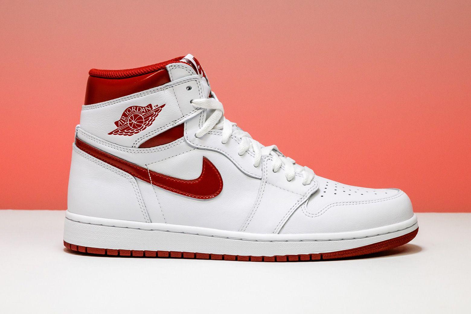 Air Jordan 1 Retro High Og Metallic Red 555088 103 With