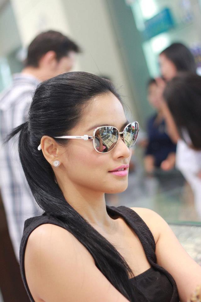 titi kamal wears chanel 4187 col 159 sunglasses galore