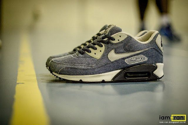 huge selection of 4cb77 f8652 Nike Air Max 90