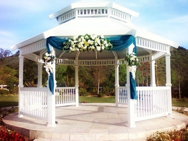 Delightful Simple Decorations For A Gazebo Wedding | Wedding Decorations