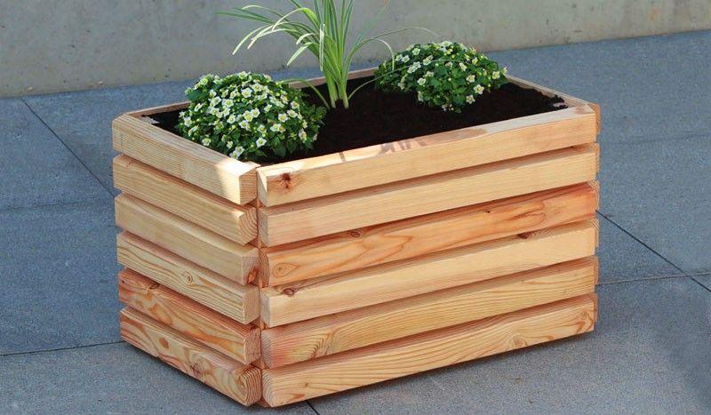 Der Pflanzkübel Holz Grömitz wird aus der sibirischen Lärche - pflanzgefase aus moos