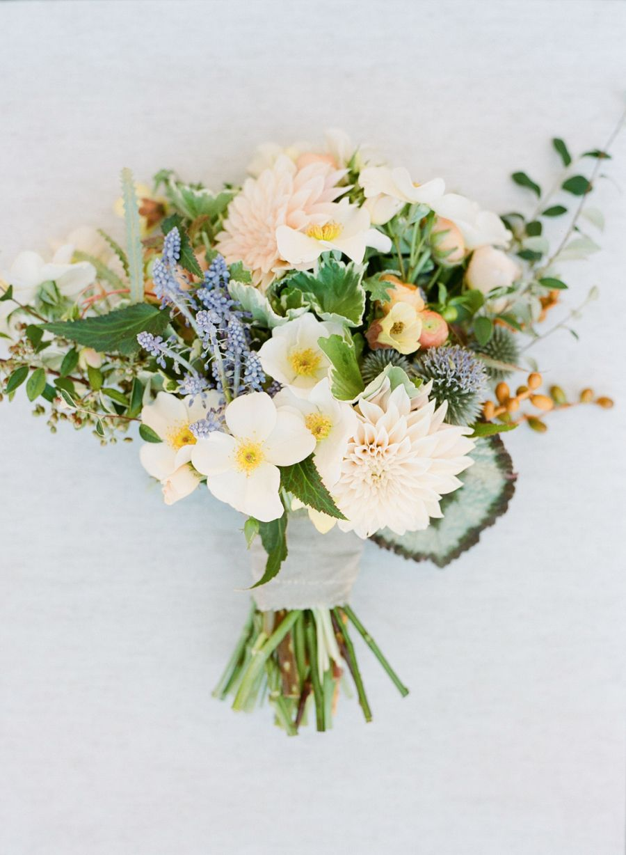 Relaxed cali garden wedding with pretty floral motifs bouquet relaxed cali garden wedding with pretty floral motifs izmirmasajfo