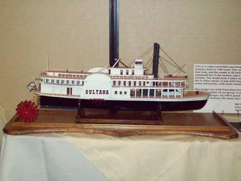 Sultana model | SS Sultana | Model ships, Shipwreck, Steamboats