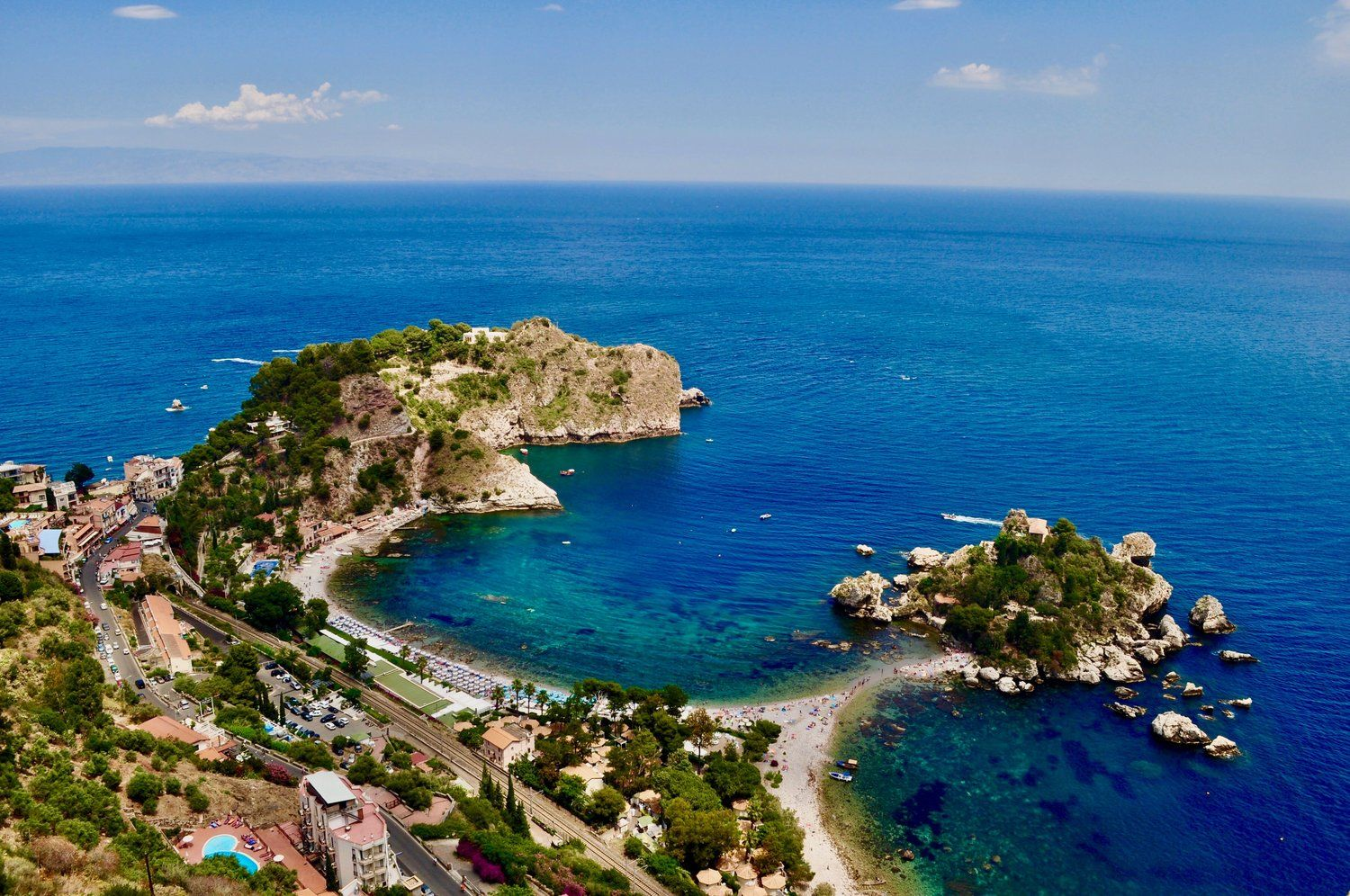 Top 5 Free Things to See in Taormina Beaches in the