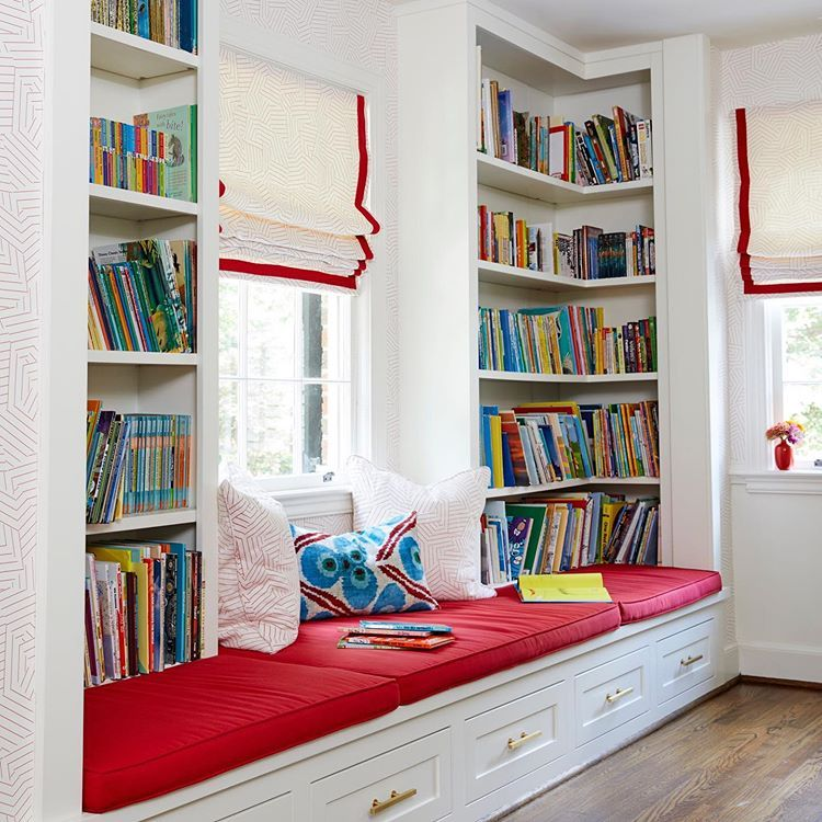 The perfect book nook to celebrate those back to school September vibes! 📚 🍎 🖍 # ...