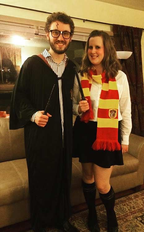 Harry Potter + Hermione  sc 1 st  Pinterest & 21 DIY Couples Costumes for Halloween | Pinterest | Harry potter ...
