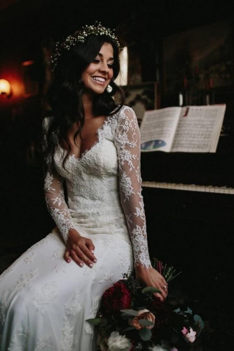 Elegant Country Style Full Lace Wedding Dresses Plugging V Neck Long Sleeve Appliqu Wedding Dresses Lace Long Sleeve Wedding Dress Lace Boho Wedding Dress Lace [ 1200 x 800 Pixel ]