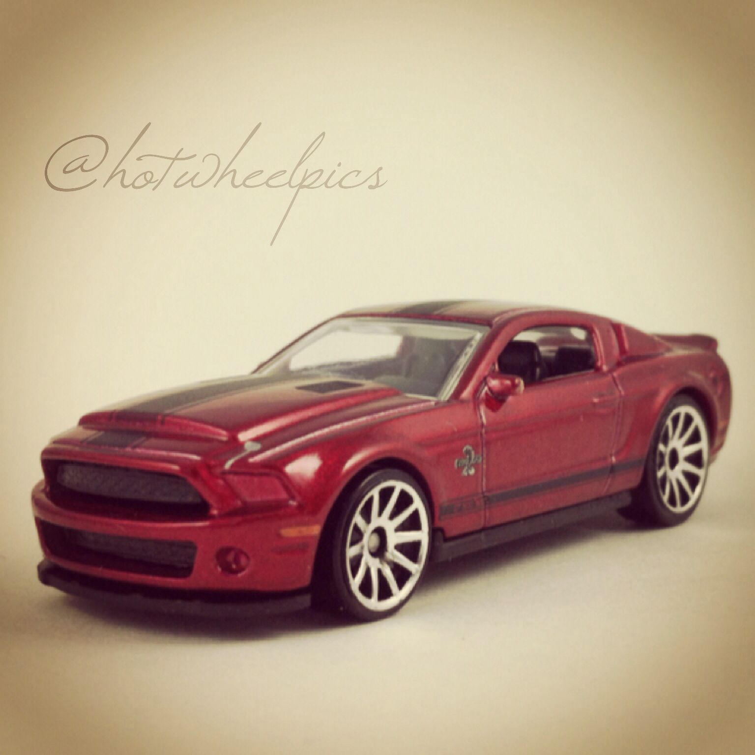 10 Ford Shelby Gt500 Super Snake 2011 Hot Wheels New Models Hotwheels Toys Ford Mustang Shelby Ford Shelby Gt 500 Hot Wheels Shelby Gt
