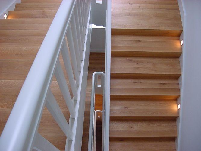 Treppe Mit Setzstufen treppe massiv treppe treppe setzstufen und unter