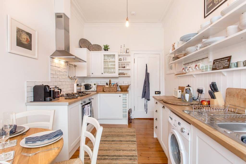 Bright Traditional Edinburgh Flat Flats For Rent In Edinburgh