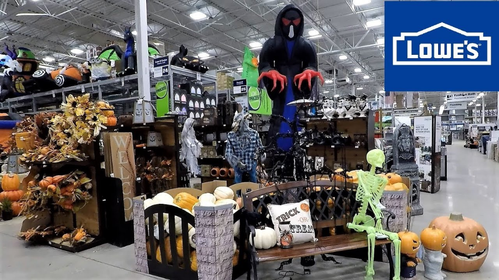 Lowes Store Halloween Google Search Halloween Decorations