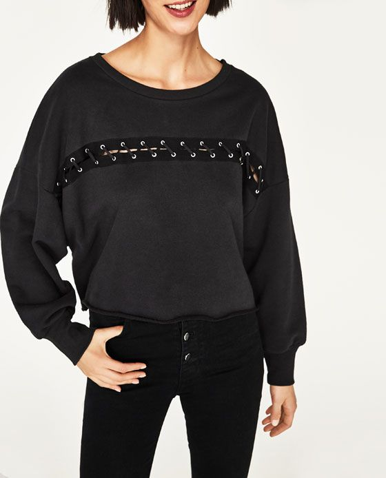 Image 2 of CROSSOVER FRONT SWEATSHIRT from Zara Casaca Mujer a51035af0a549