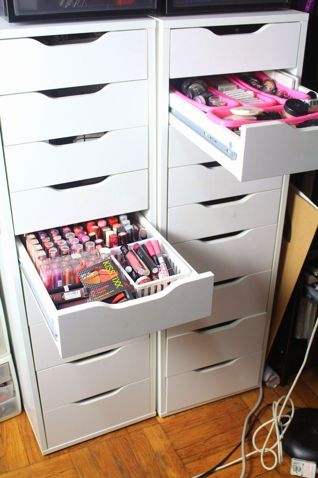 step by step guide on how to put together the ikea alex drawers for your makeup collection and. Black Bedroom Furniture Sets. Home Design Ideas