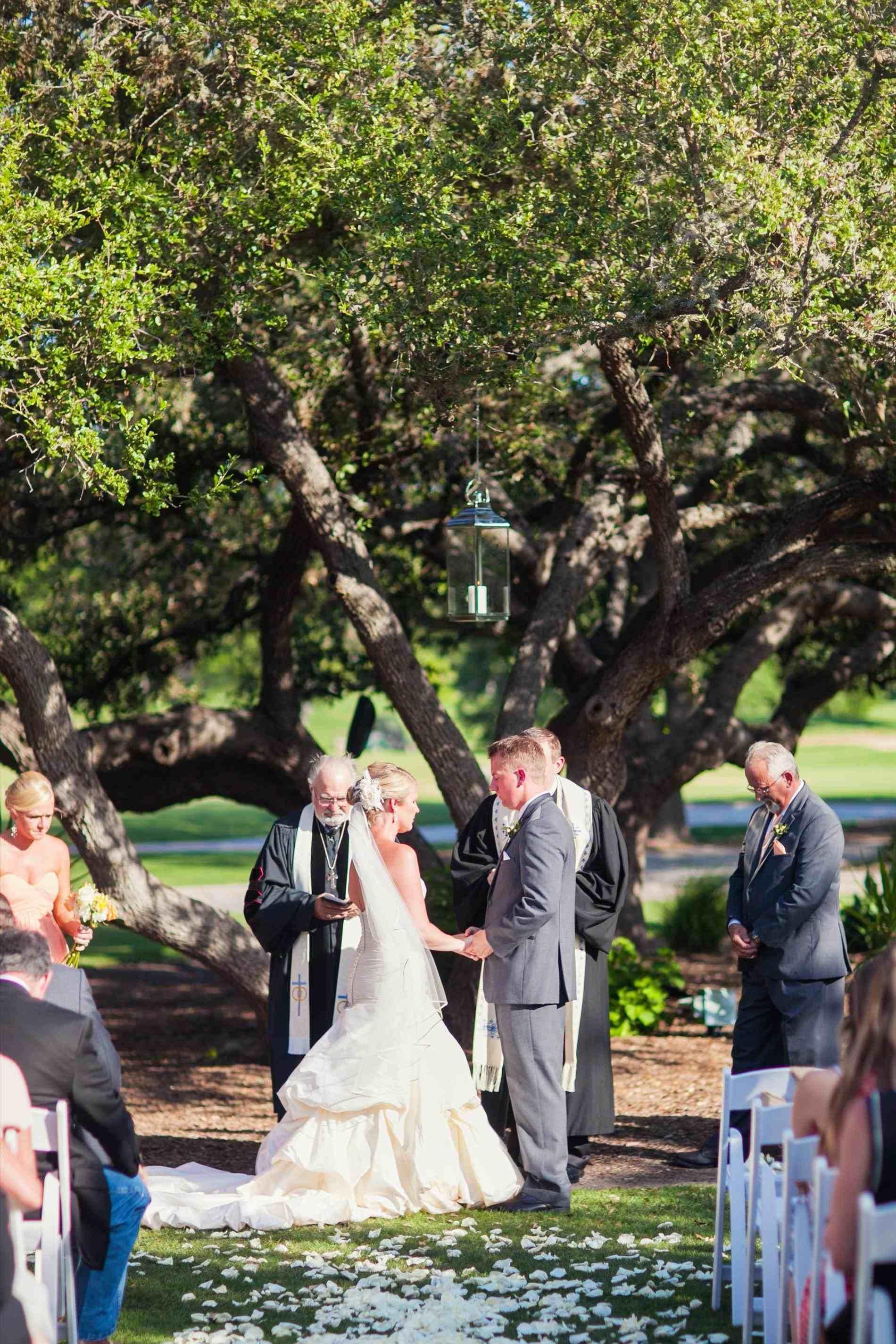 Contact Support Outdoor wedding ceremony, San antonio