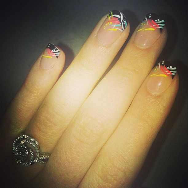 Impress Press-on nails in Dancing Queen.  On in 5 mins, last up to a week