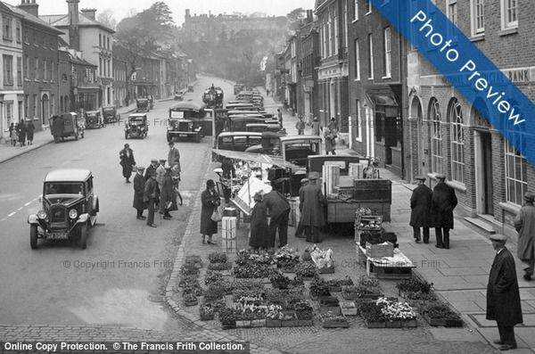 Photo of Farnham, a Flower Stall, Castle Street 1932 from Francis Frith
