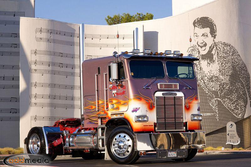 Freightliner Las Vegas >> An Old School Single Screw Cabover Freightliner Parked