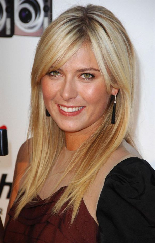 Short Haircuts For Women Will Make You Look Younger With Images Maria Sharapova Photos Maria Sharapova