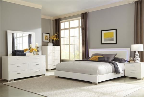 Felicity Contemporary Glossy White Wood Master Bedroom Set Bedroom Set White Bedroom Set Modern Bedroom Set