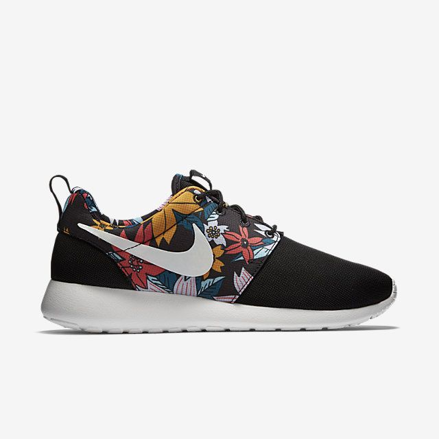 d6f37ca4ebded Nike Roshe One Print Women s Shoe. Nike Store.  80 totally buying these