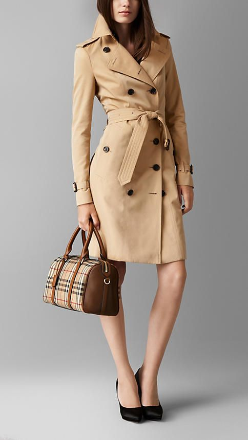 The Medium Alchester in Horseferry Check | Burberry
