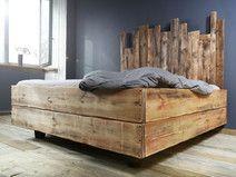 Holzbett schwebend  Bauholz Bett Changy 160 x 200 cm