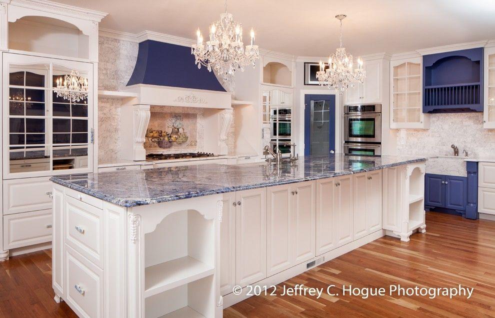 Blue Bahia Granite In Kitchen Traditional With Staturietto Marble Blue Bahia Granite Custom Kitchens Kitchen Remodel Kitchen