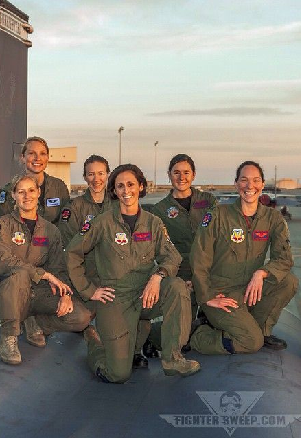 Female Pilot. From fightersweep.com