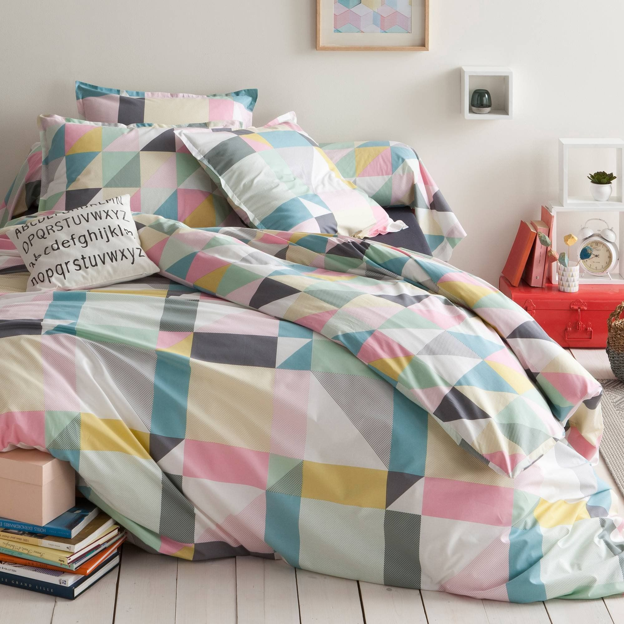 Housse de couette coton imprim triangles modern lofts for Housse de duvet