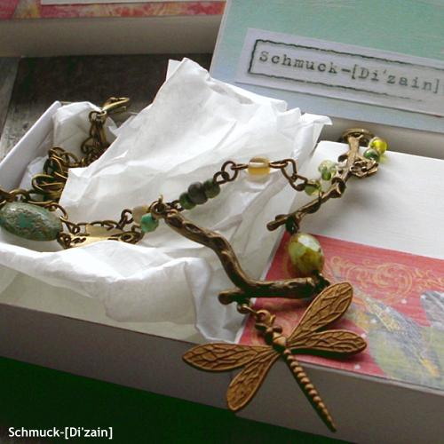 Handmade jewellery for vintage-style junkies! Ausgewählte Schmuckstücke von Schmuck-[Di'zain].