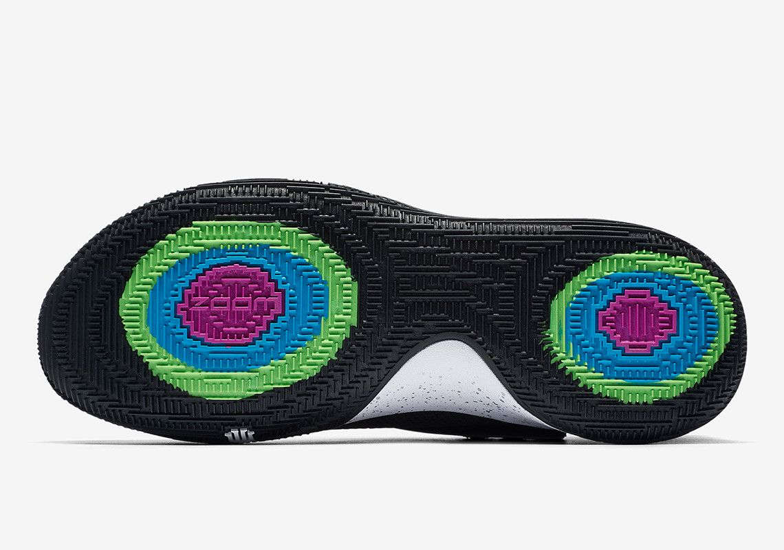 huge selection of 23544 13fef Nike Kyrie 1 Low Black/Silver AO8979-003 | SHOES | Nike ...