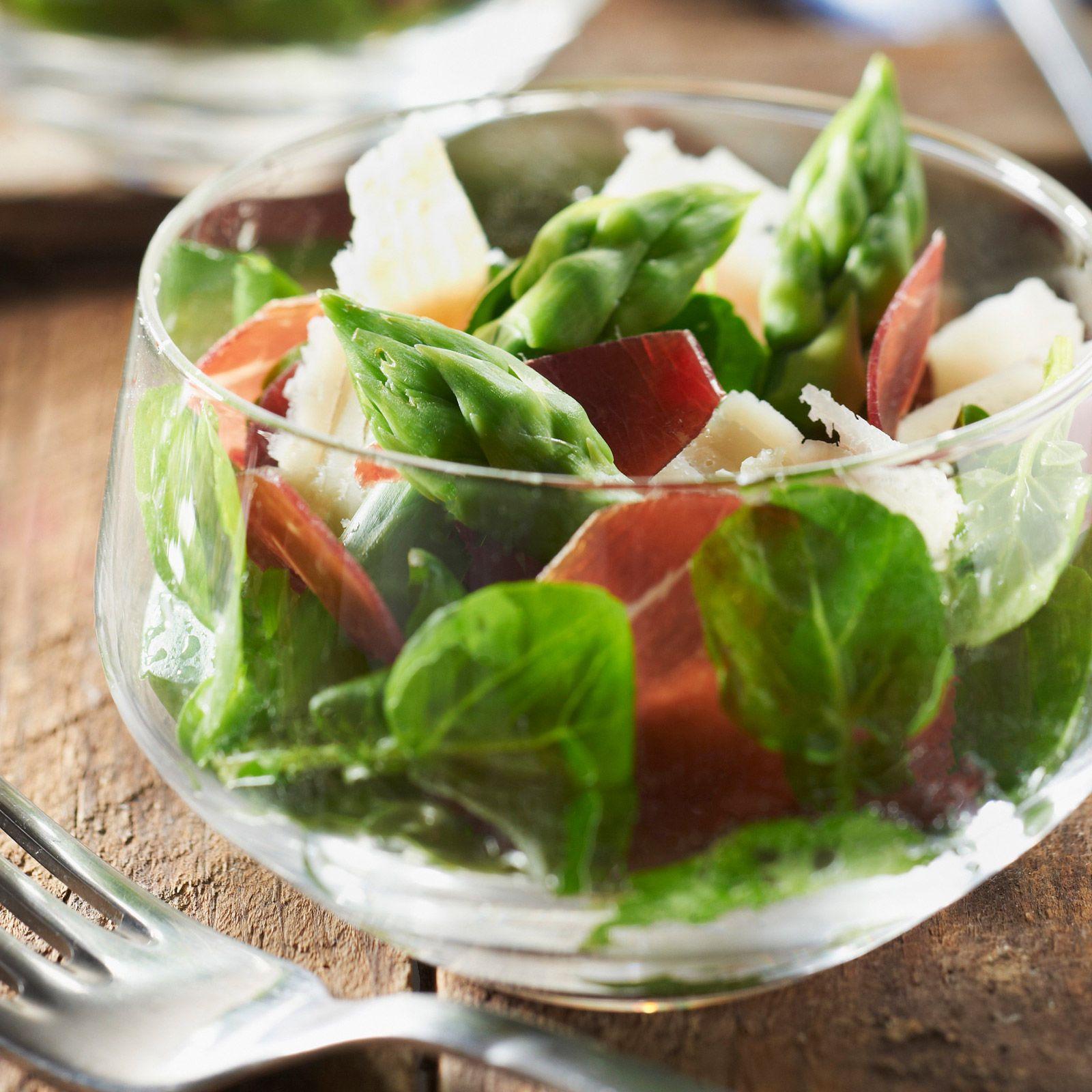 Salade de cresson asperges vertes jambon cru et parmesan recette salades d 39 automne et d - Cuisiner les asperges vertes ...