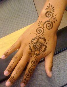 Flower And Swirls Kids Henna Art Henna Designs Henna Mehndi